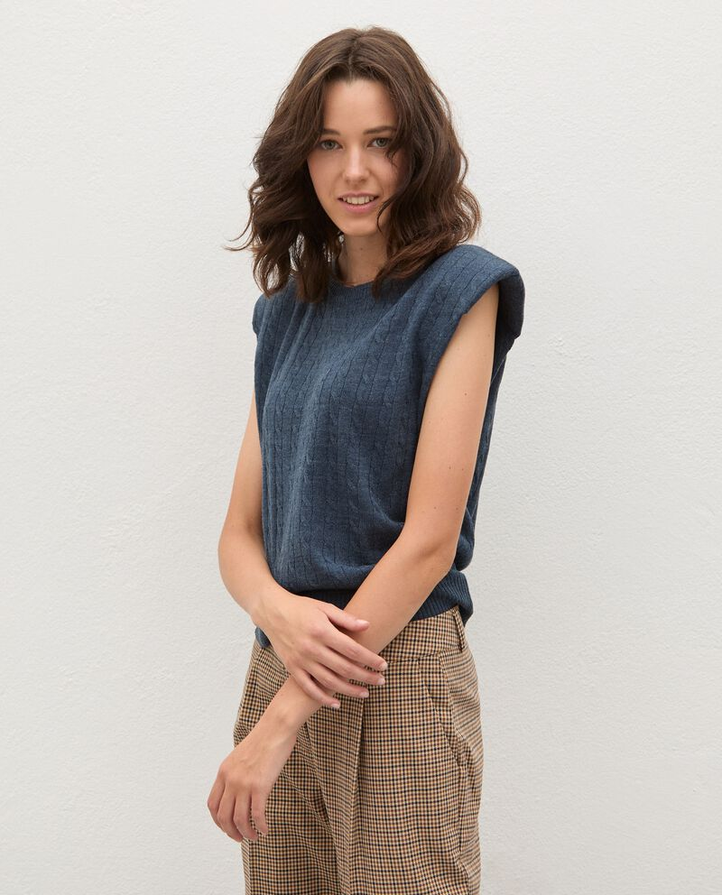 Gilet tricot tinta unita donna cover