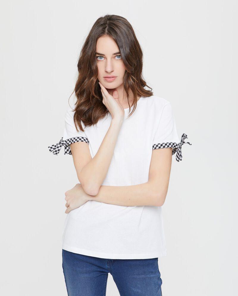 T-shirt con laccetti alle maniche