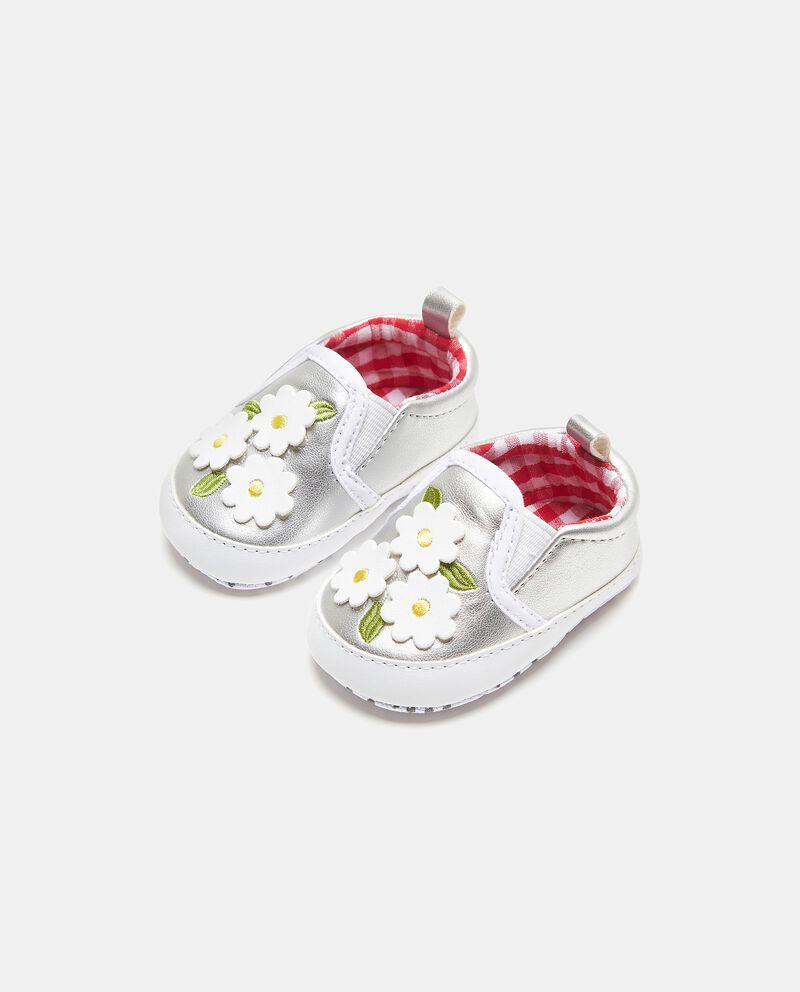 Scarpine con fiori applicati neonata