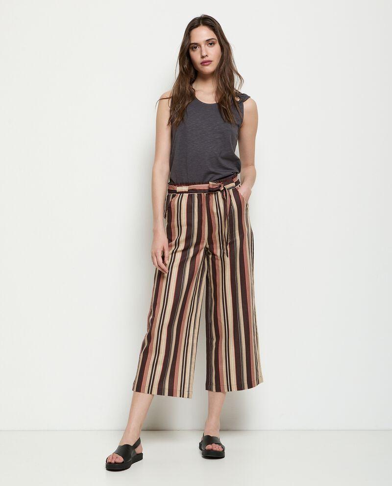 Pantaloni ampio in misto lino rigato donna cover