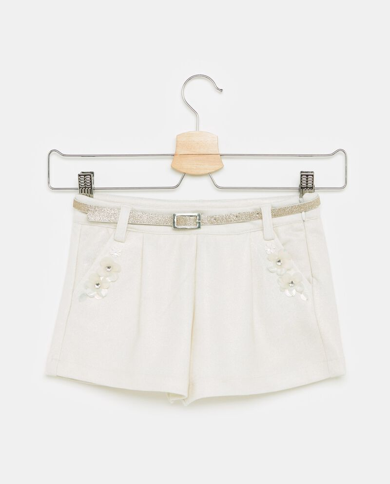 Shorts in tinta unita con fiori applicati bambina