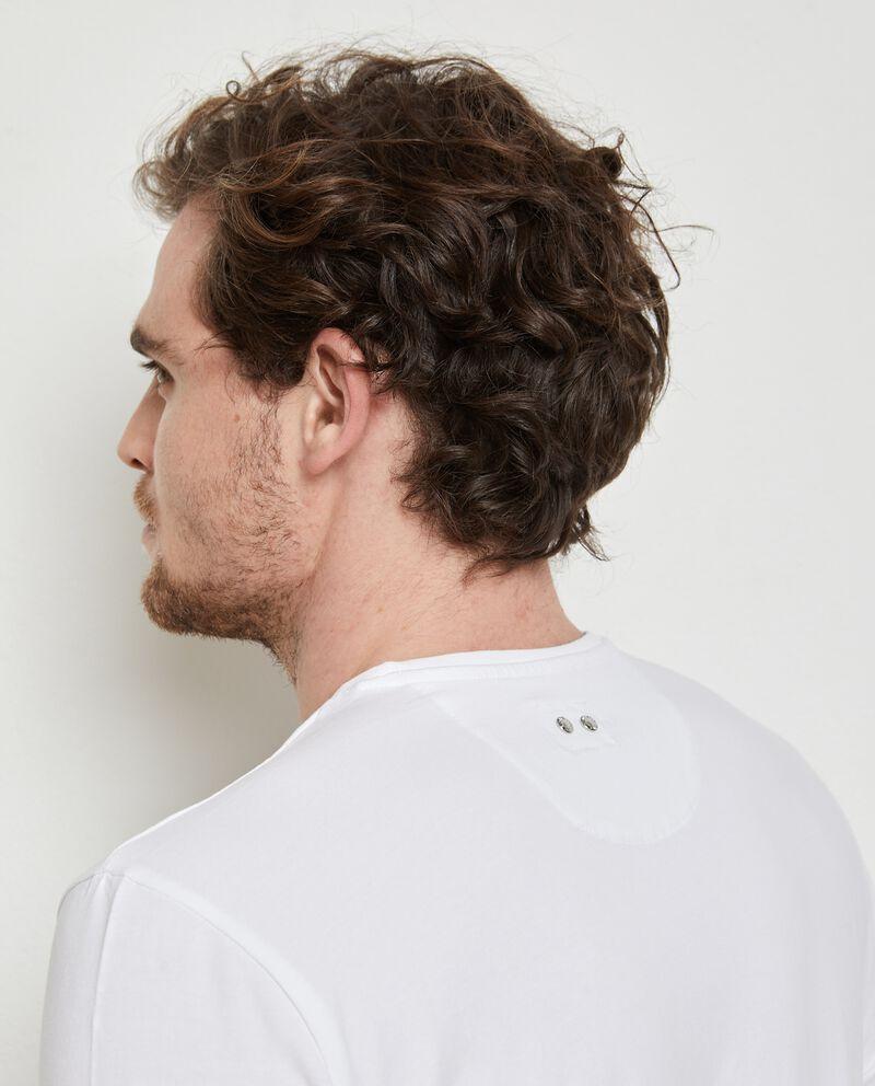 T-shirt in cotone stretch con scollo a V uomo