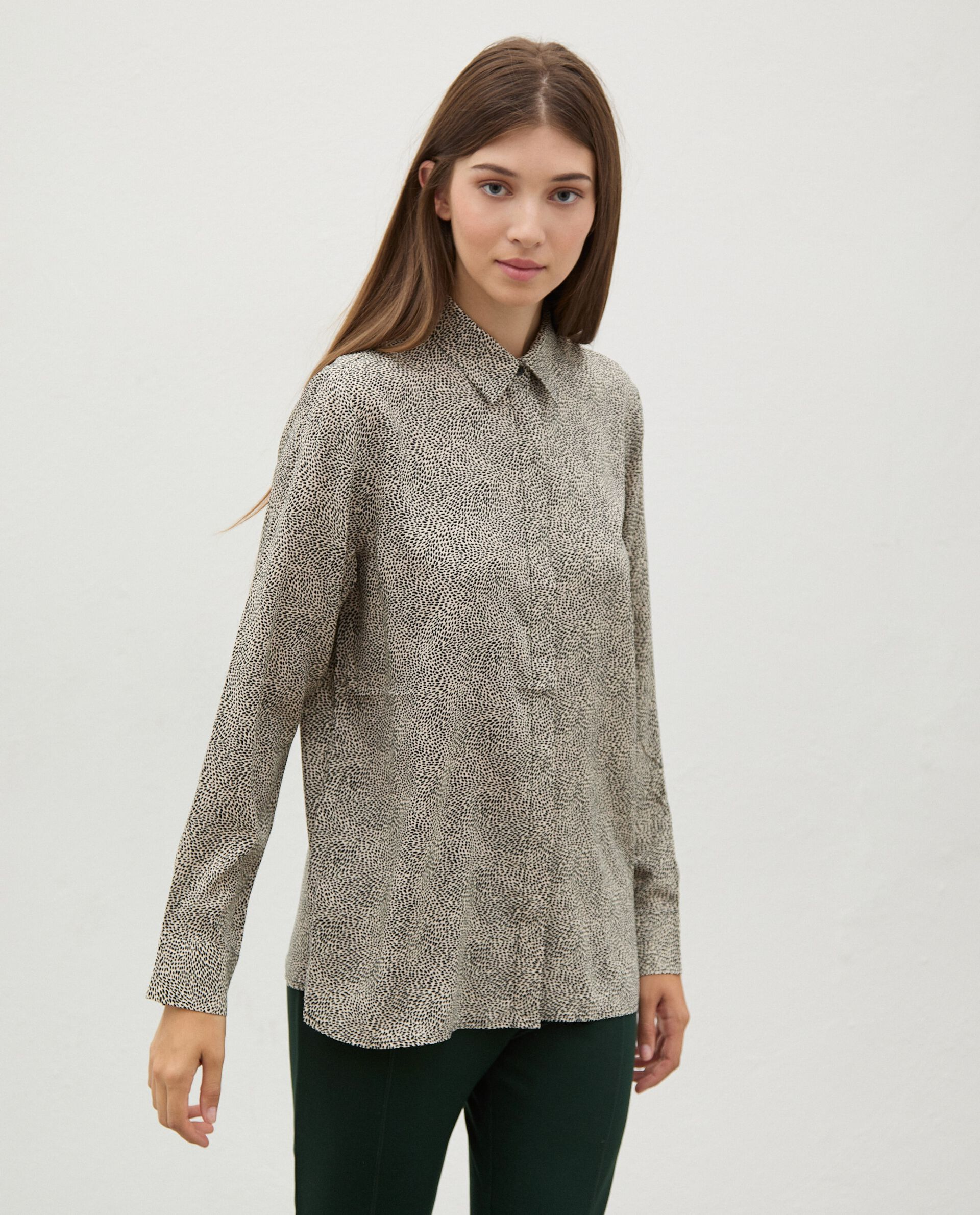 Camicia di pura viscosa con micro fantasia donna