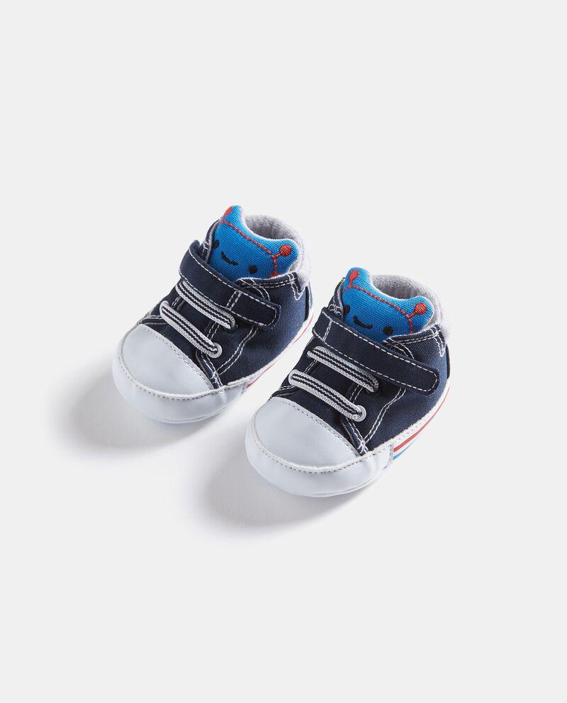 Scarpine con lacci e chiusura in velcro neonato