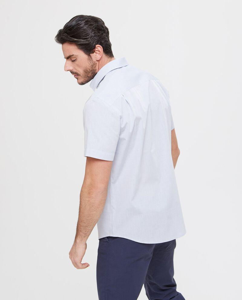 Camicia slim fit azzurra a manica corta