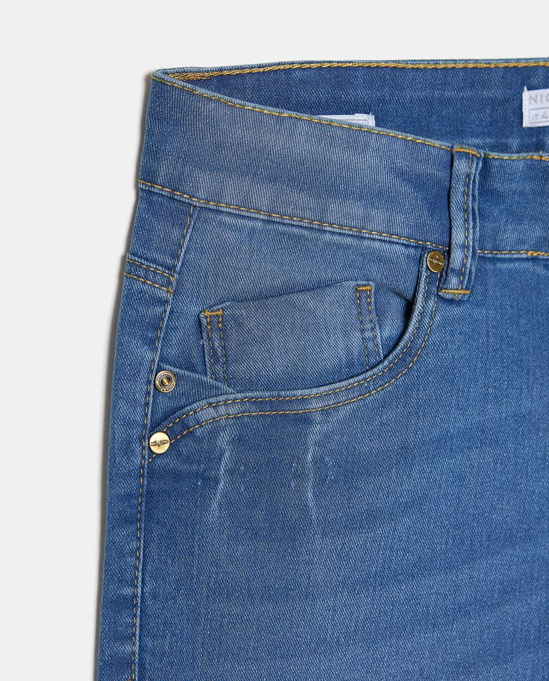 Jeans slim fit in cotone elasticizzato donna single tile 1