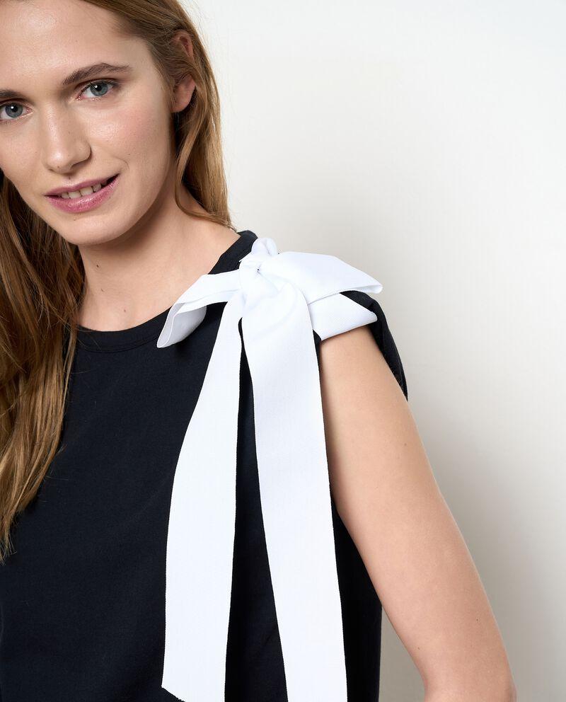 T-shirt in puro cotone con fiocco a contrasto donna single tile 2