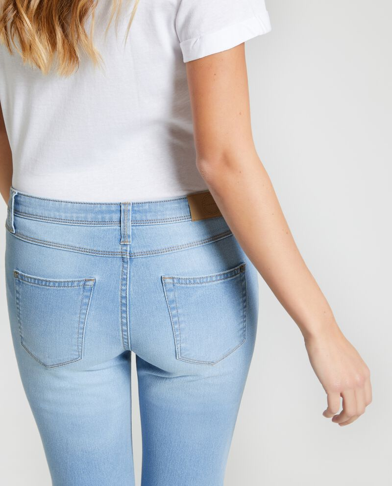 Jeans effetto rovinato donna