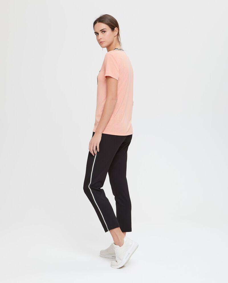 T-shirt a maniche corte nera rosa salmone