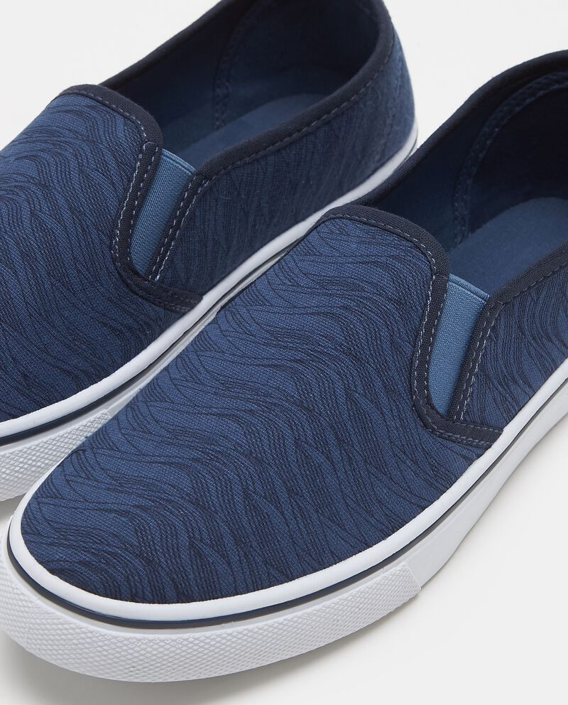Scarpe slip on bicolore con ricamo