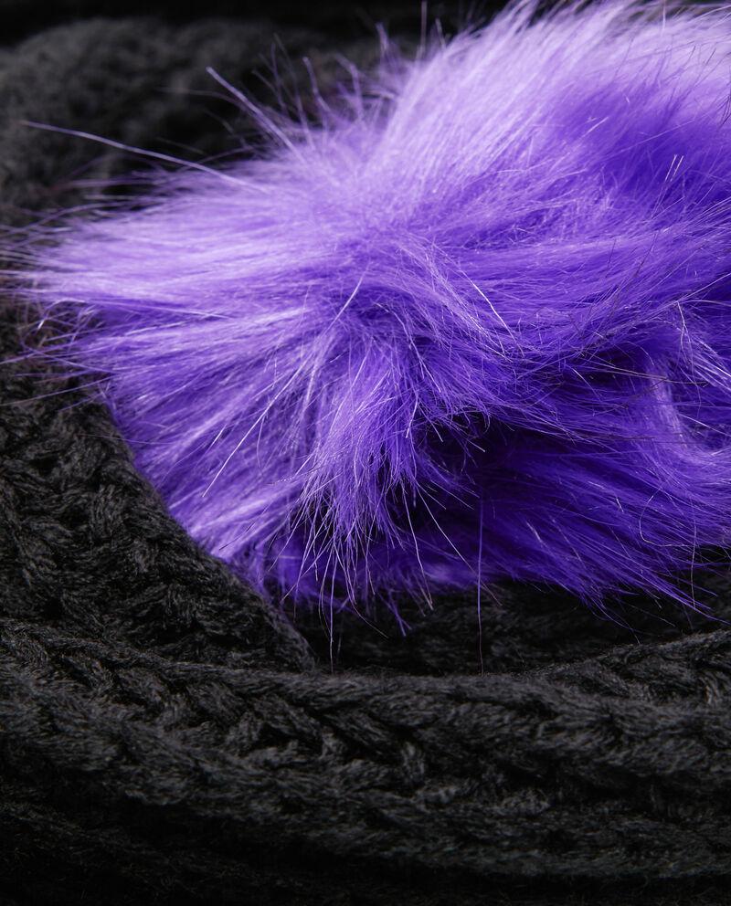 Sciarpa tricot con pon pon