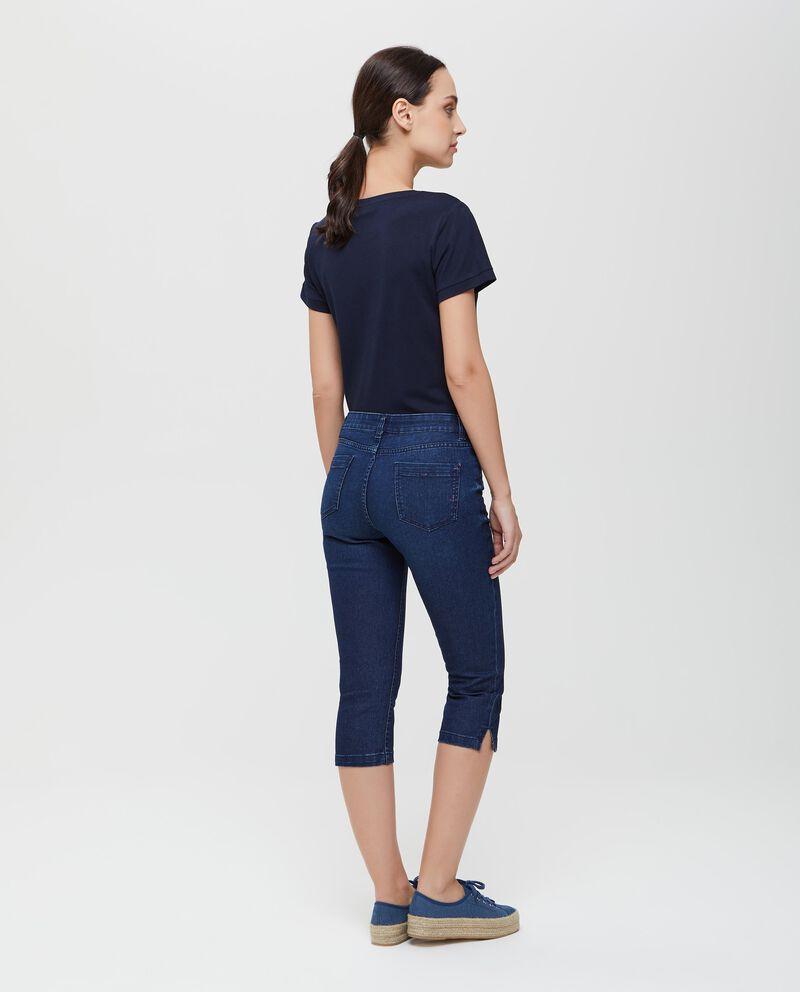 Jeans modello pinocchietto in cotone donna