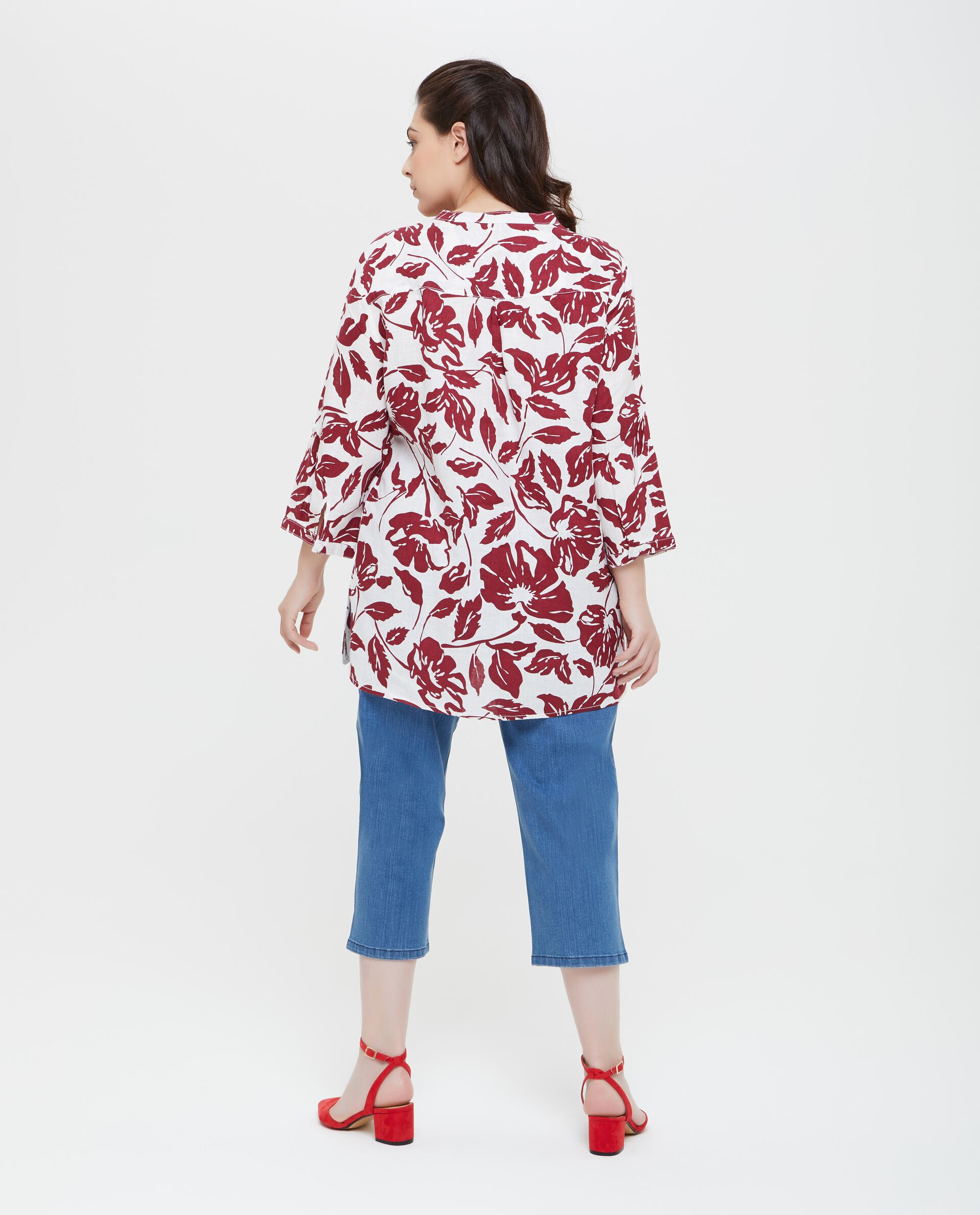Blusa donna taglie comode in puro lino a fantasia floreale
