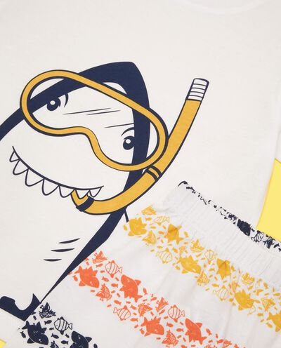 Set pigiama con t-shirt e bermuda in puro cotone bambino