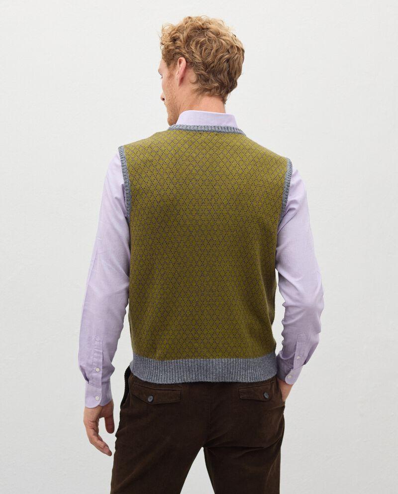 Gilet girocollo in lana misto cashmere uomo single tile 1