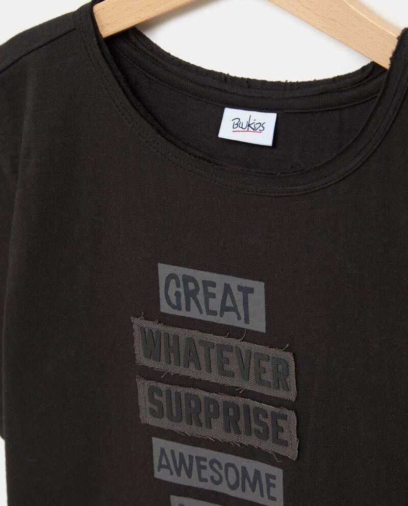 T-shirt nera in puro cotone con patch applicati ragazzo