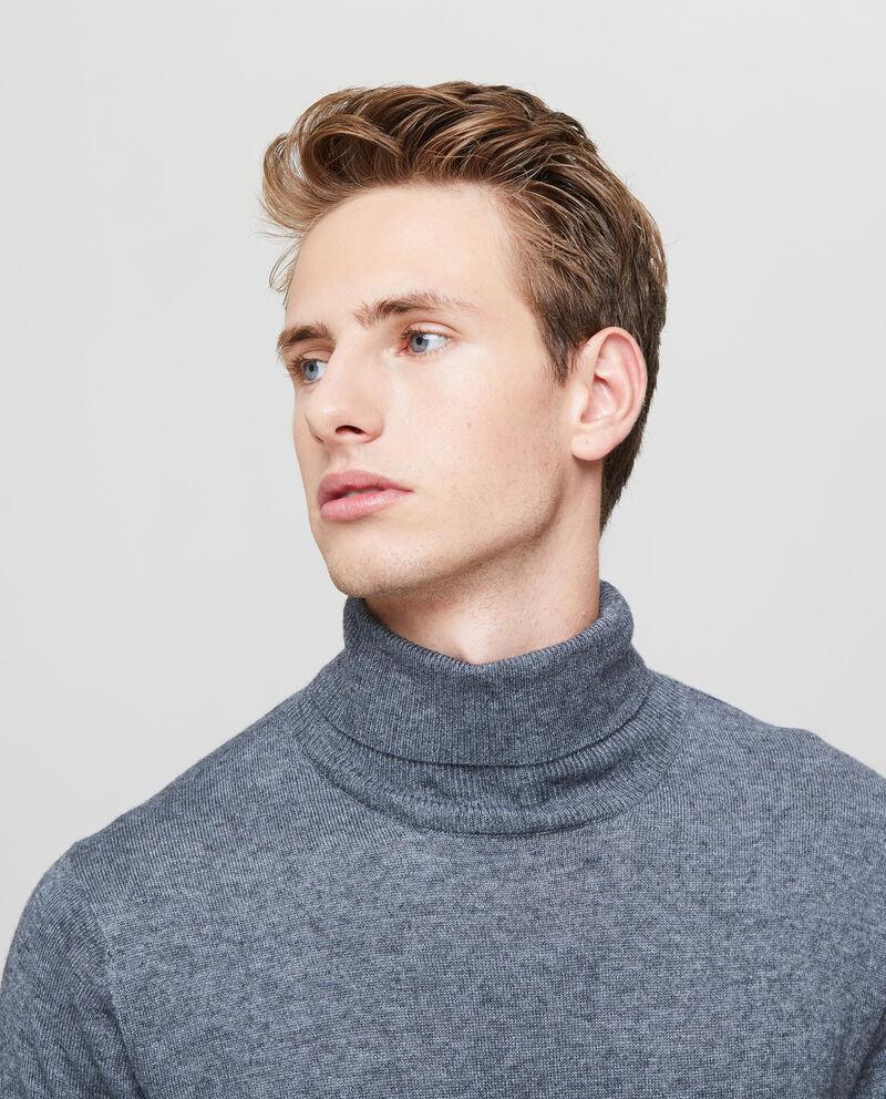 Lupetto tinta unita con lavorazione tricot