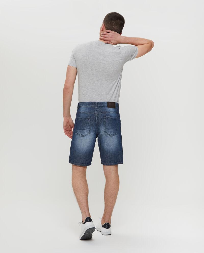 Shorts in denim con tasche e bottone