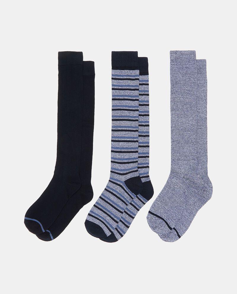 Set con tre paia di calzini di cotone elasticato lunghi uomo