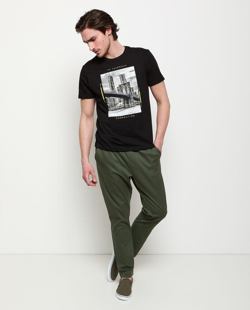 Pantaloni in puro cotone con coulisse uomo cover