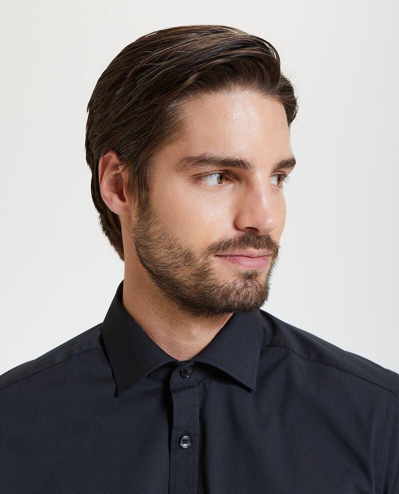 Camicia elegante in tinta unita slim fit uomo
