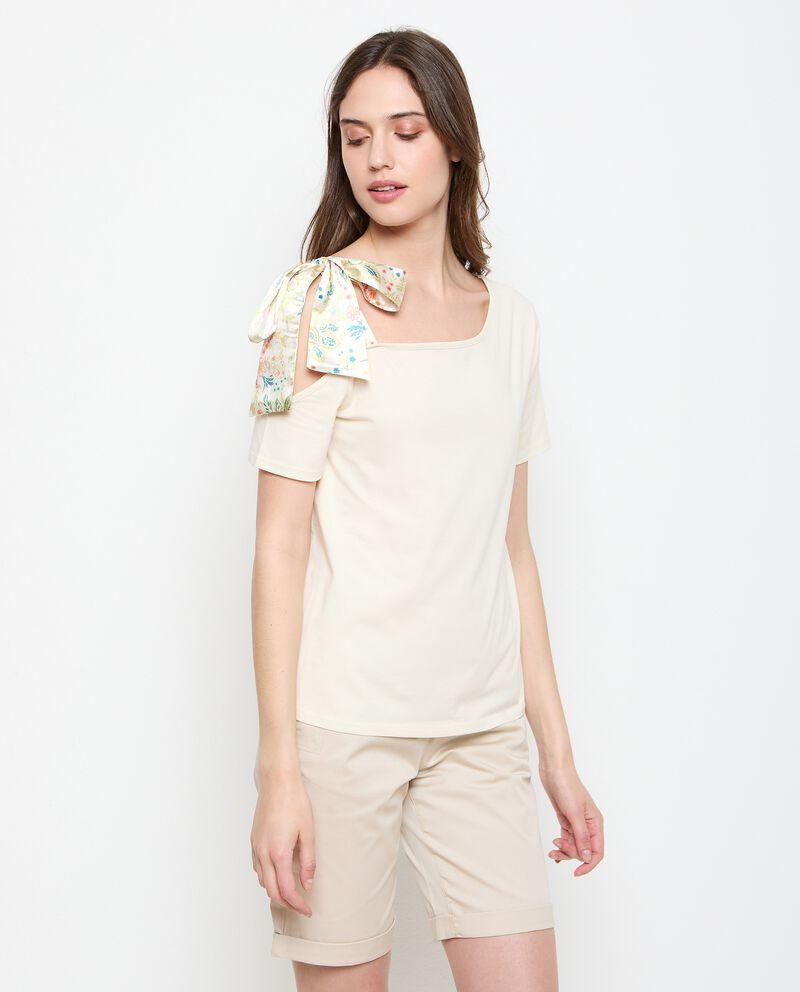 Maglia con fiocco in cotone stretch donna cover