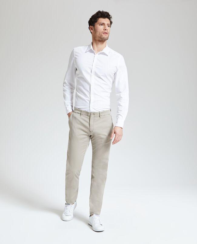 Pantaloni chino tinta unita uomo