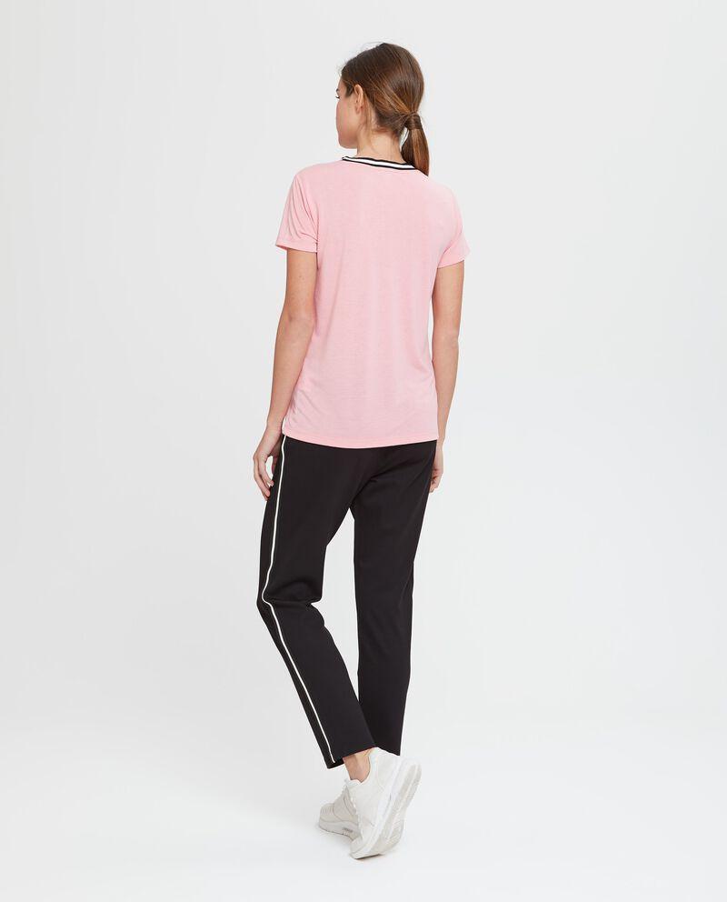 T-shirt a maniche corte nera rosa