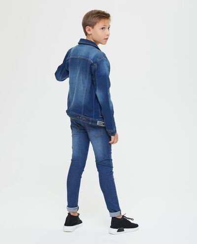 Giubbino di jeans con patch