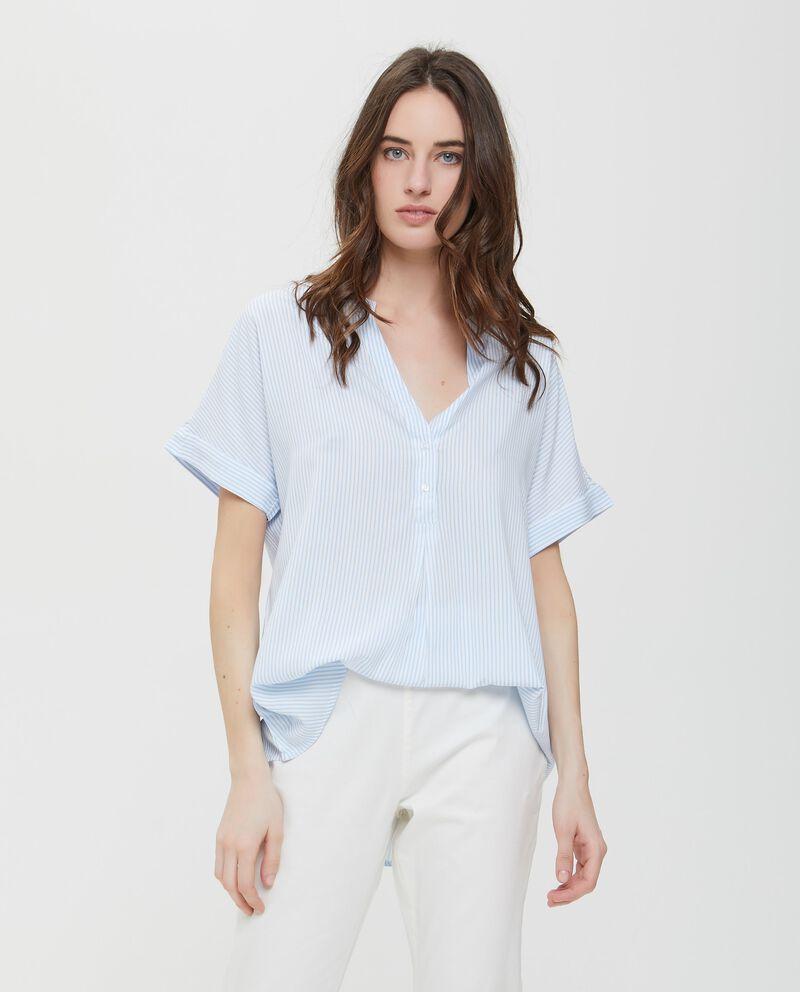 Camicia in pura viscosa a righe azzurre