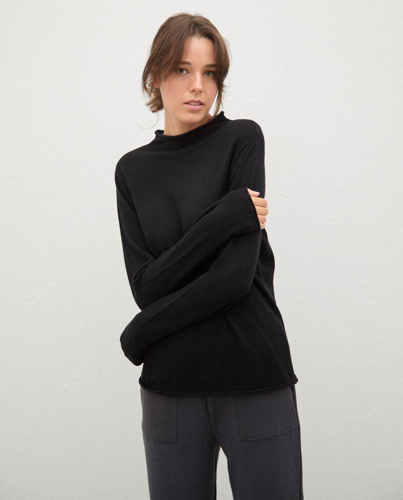 Maglia in lana con collo medio-alto donna cover