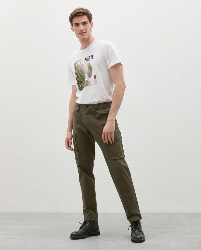 Pantaloni cargo in cotone stretch uomo cover