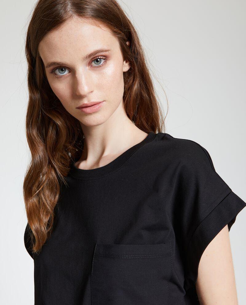 T-shirt in puro cotone con tasca
