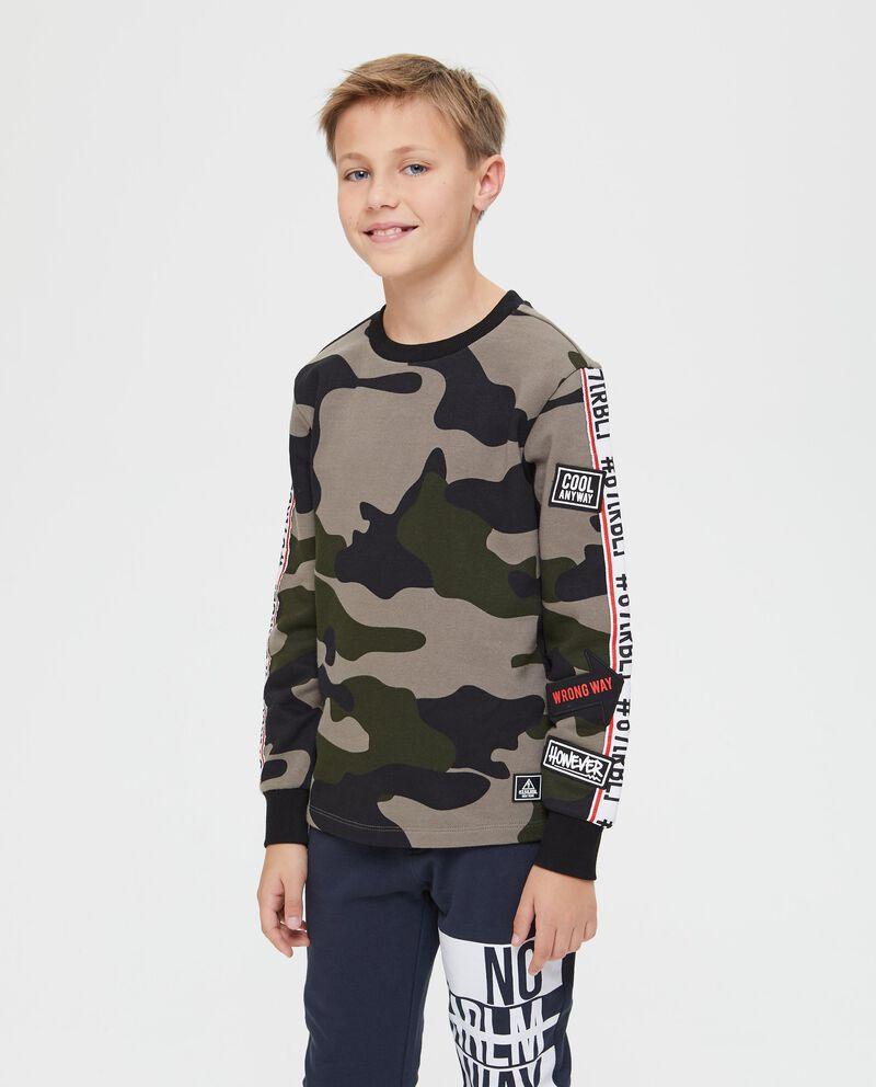 Felpa con patch fantasia camouflage