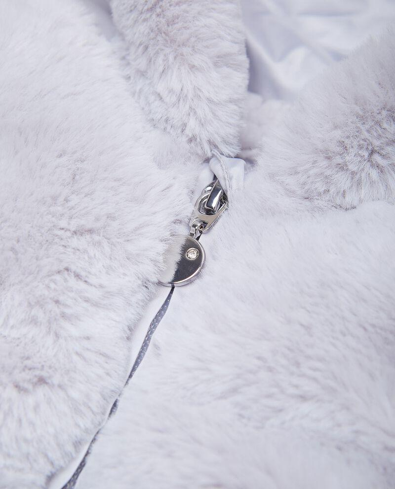 Piumino con inserto in eco pelliccia neonata