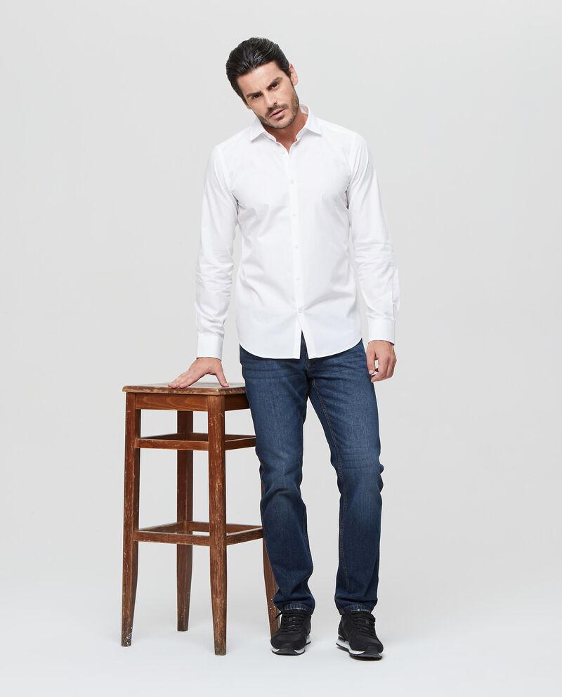 Camicia tinta unita fondo stondato