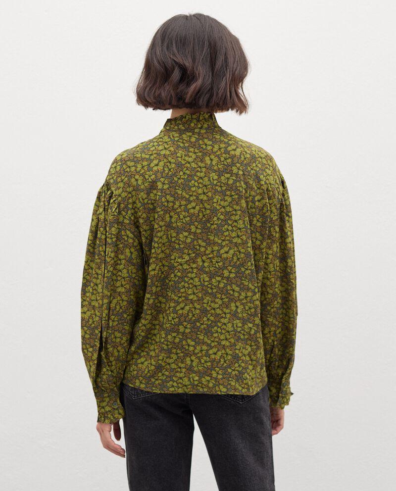 Camicia con colletto alla coreana in fantasia donna single tile 1