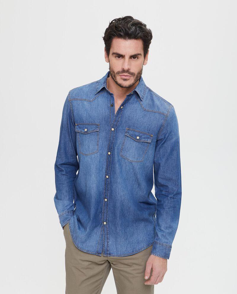 Camicia di jeans con colletto classico
