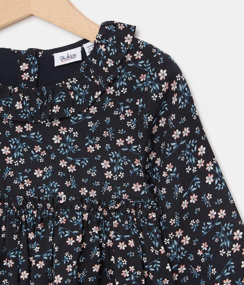 Blusa in fantasia floreale