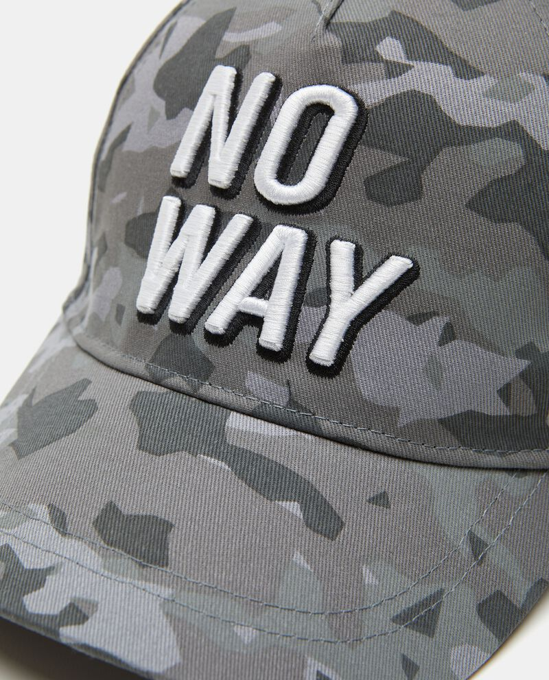 Cappello con frontino camouflage in cotone bambino