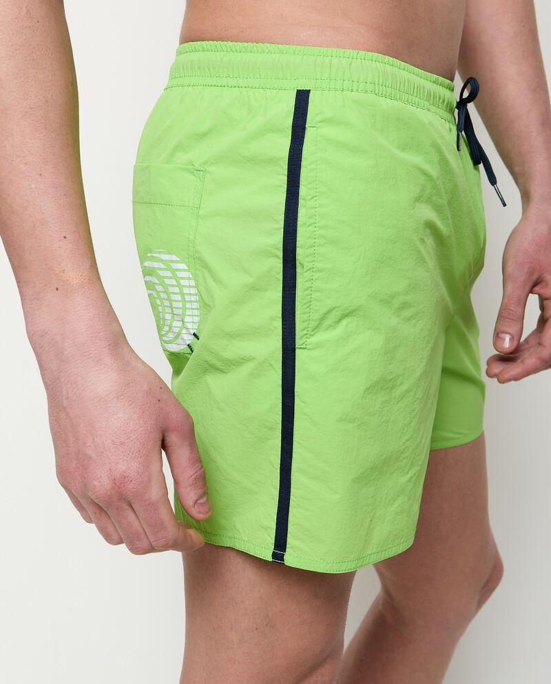 Shorts costume con bande laterali a contrasto uomo