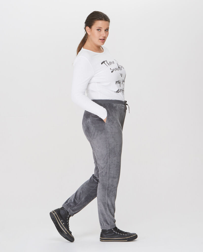 Pantaloni sportivi linea comoda e trama