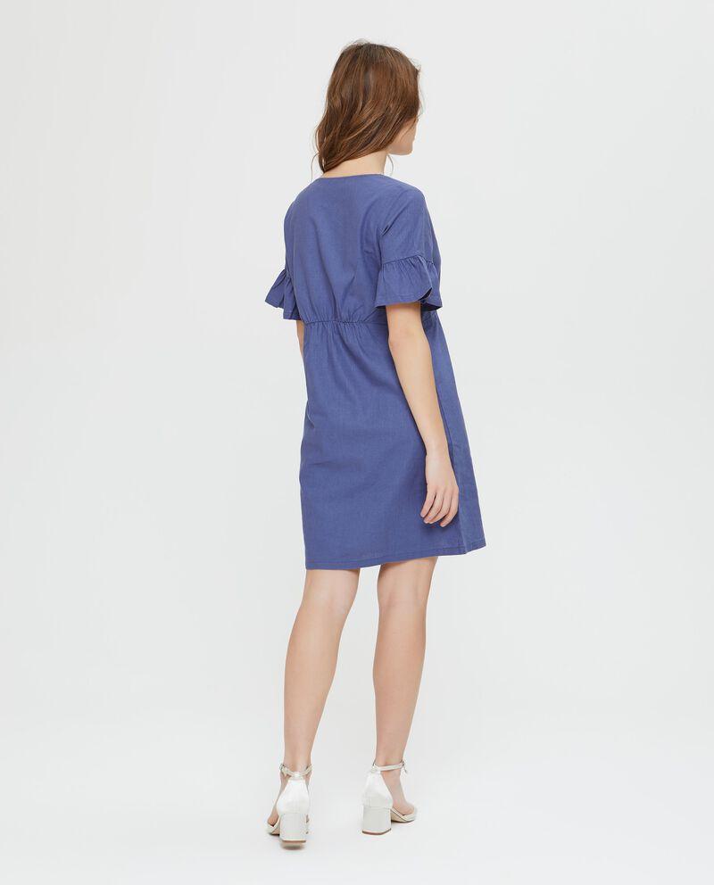 Vestito in lino e cotone blu a maniche corte incrociato