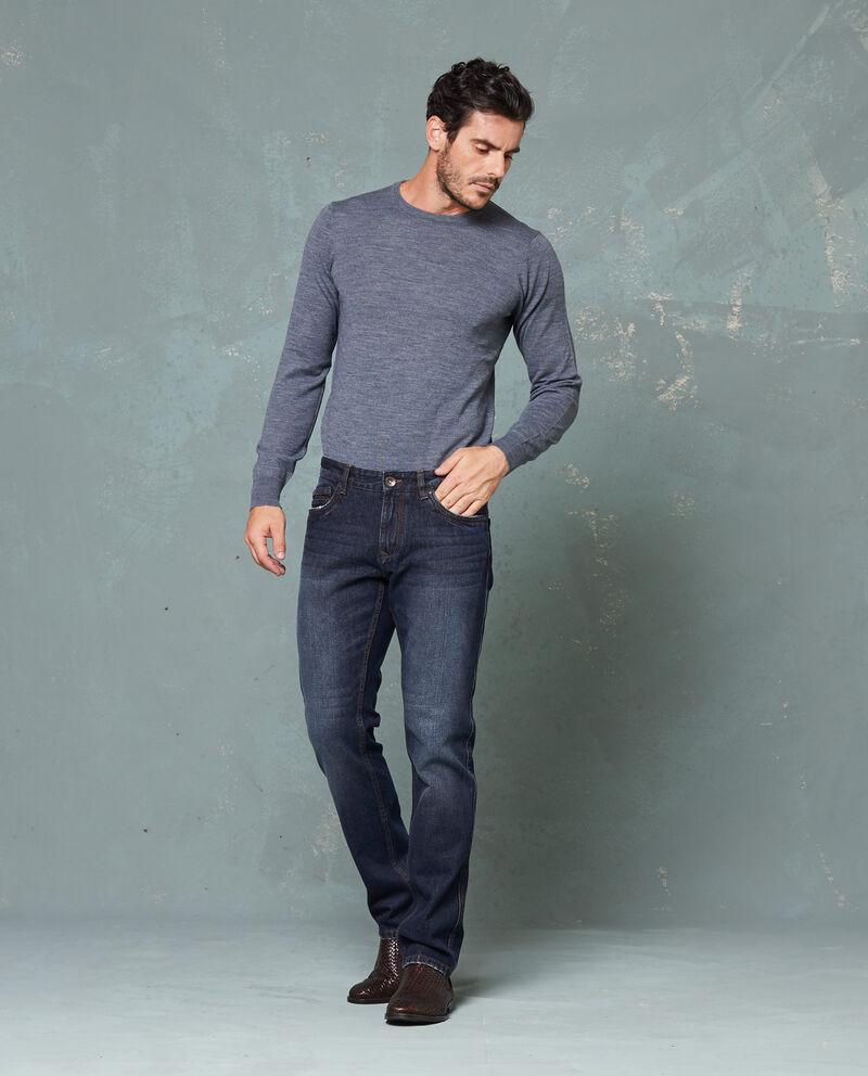 Jeans effetto delavato cinque tasche