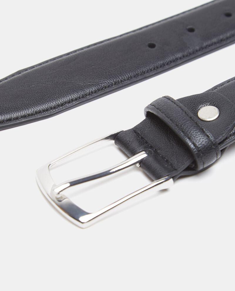 Cintura in tinta unita effetto similpelle martellata uomo