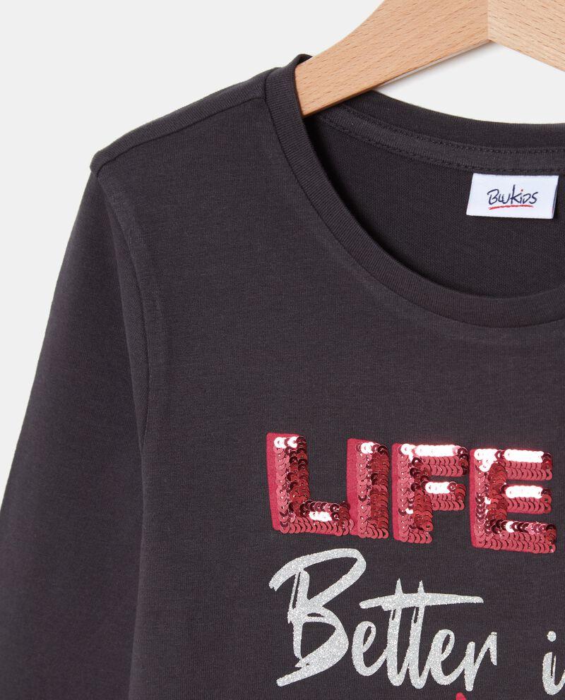 T-shirt con lettering ragazza