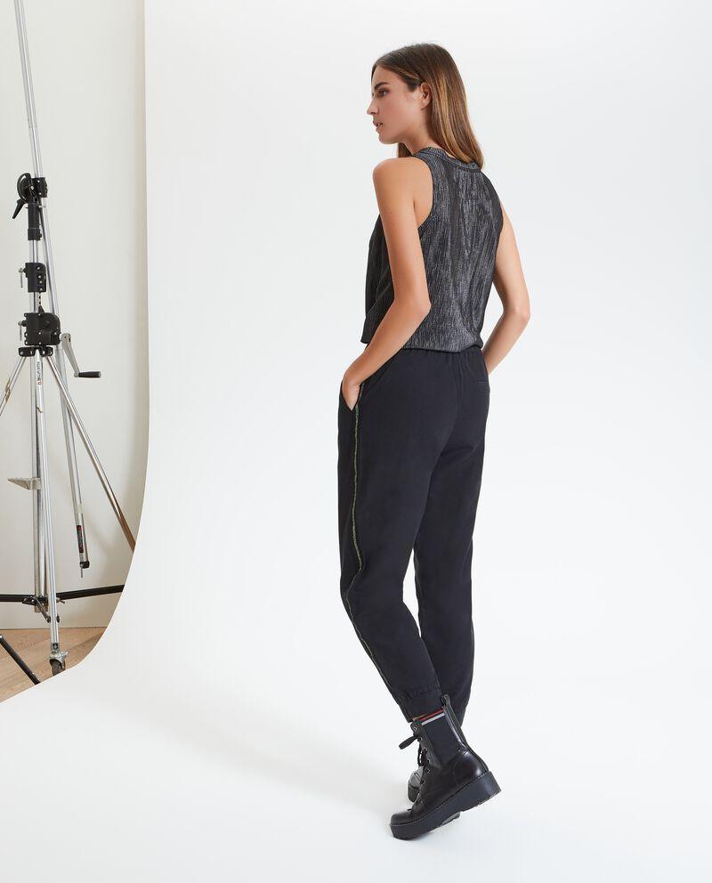 Pantaloni con bande laterali donna