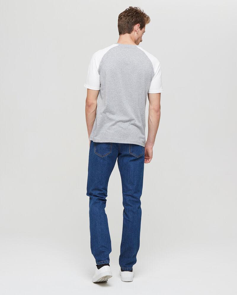 T-shirt maniche raglan a contrasto
