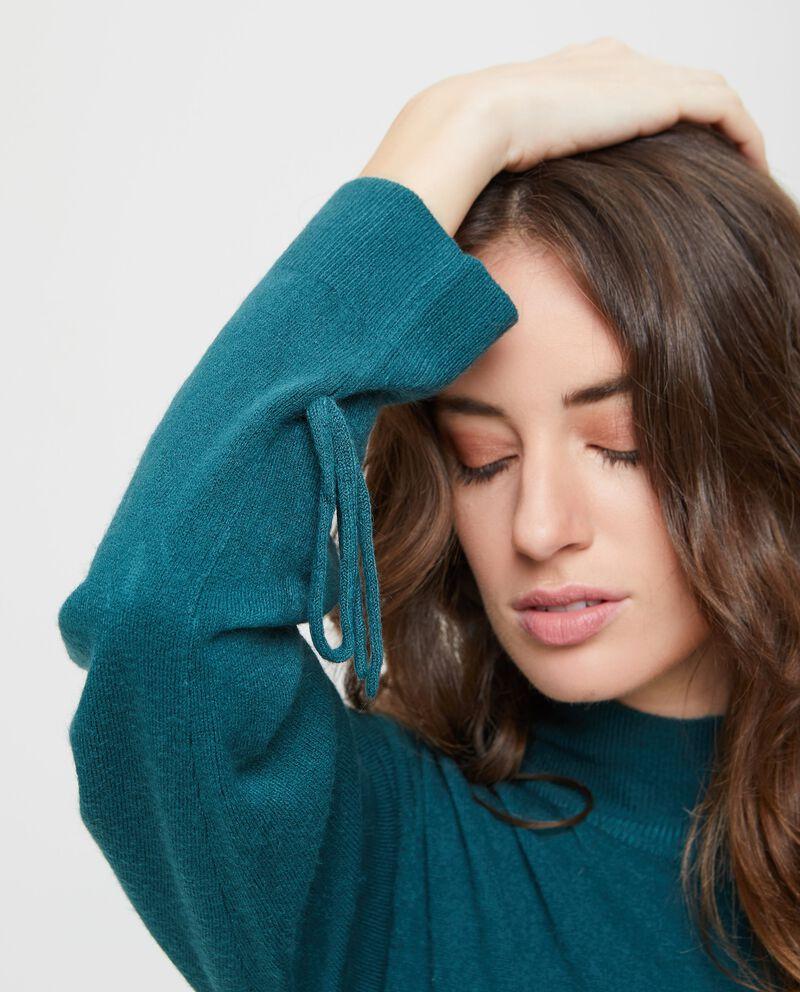 Abito in maglia tricot con collo alto