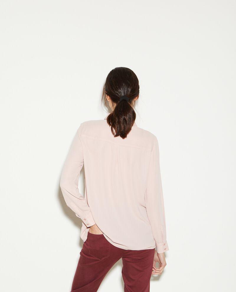 Camicia in tinta unita a maniche lunghe donna